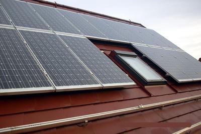 scheunen und wohndach photovoltaikanlage kaufen sachsen solaranlage photovoltaik. Black Bedroom Furniture Sets. Home Design Ideas
